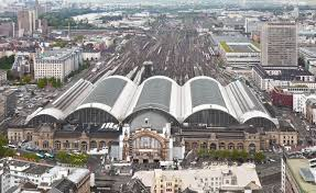 Frankfurt Hauptbahnhof (Quelle: wikipedia)